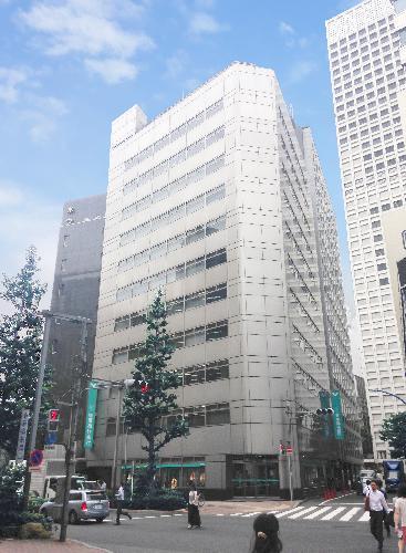 リージャス新宿西口
