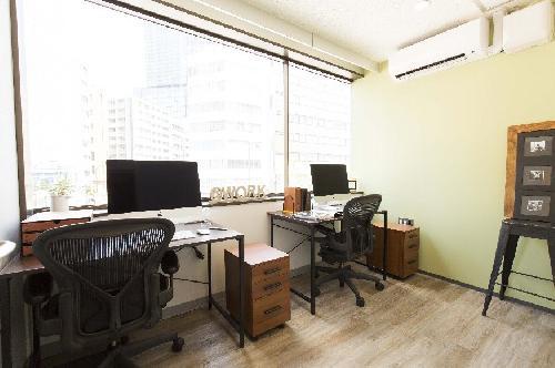 個室オフィス322号室-2