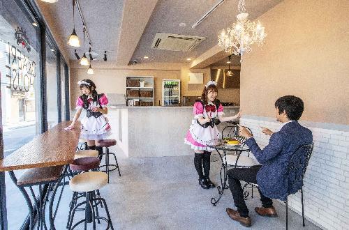 併設メイドカフェ