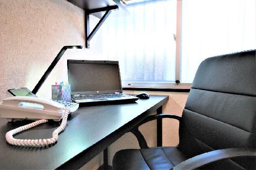 横浜の個室レンタルオフィス|MCオフィス横浜